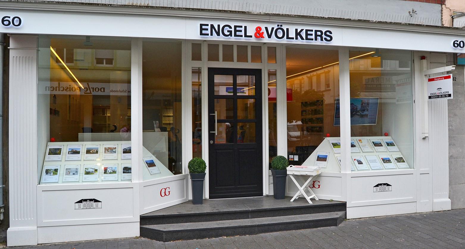 Das Bild zeigt den Geschäftsraum der Engel & Völkers, S.E.R. Immobilien GmbH
