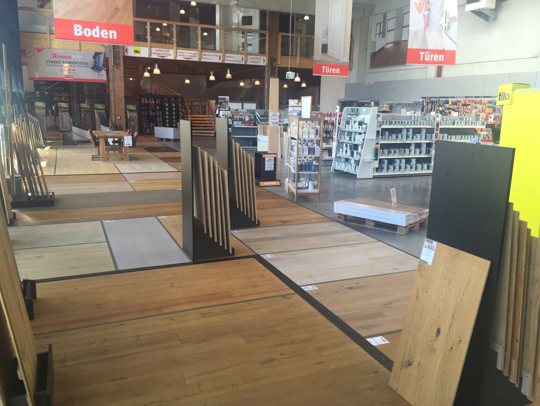 Das Bild zeigt die Verkaufsräume vom HolzLand Schyns in Siegburg