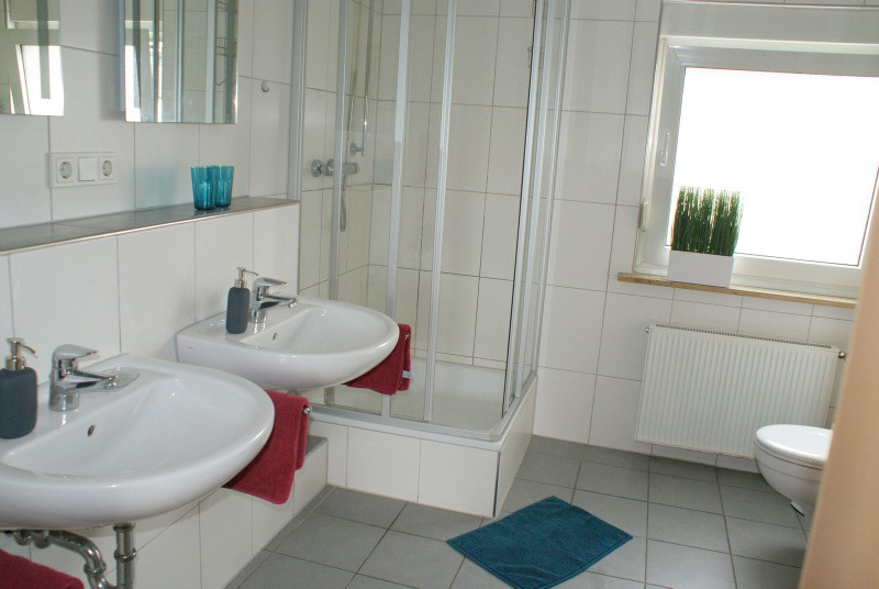 Das Bild zeigt die Räumlichkeiten der Ferienwohnung Siegburg Ahnert