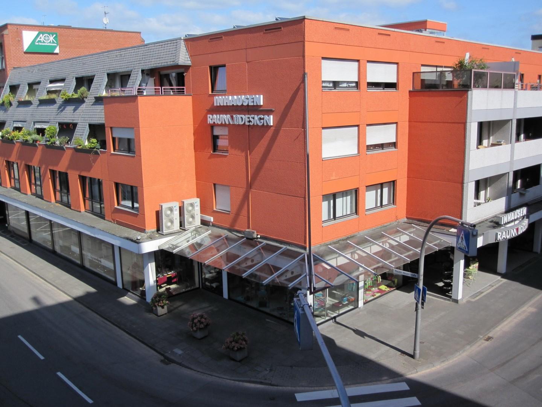 Das Bild zeigt das Geschäftsgebäude der Inhausen GmbH
