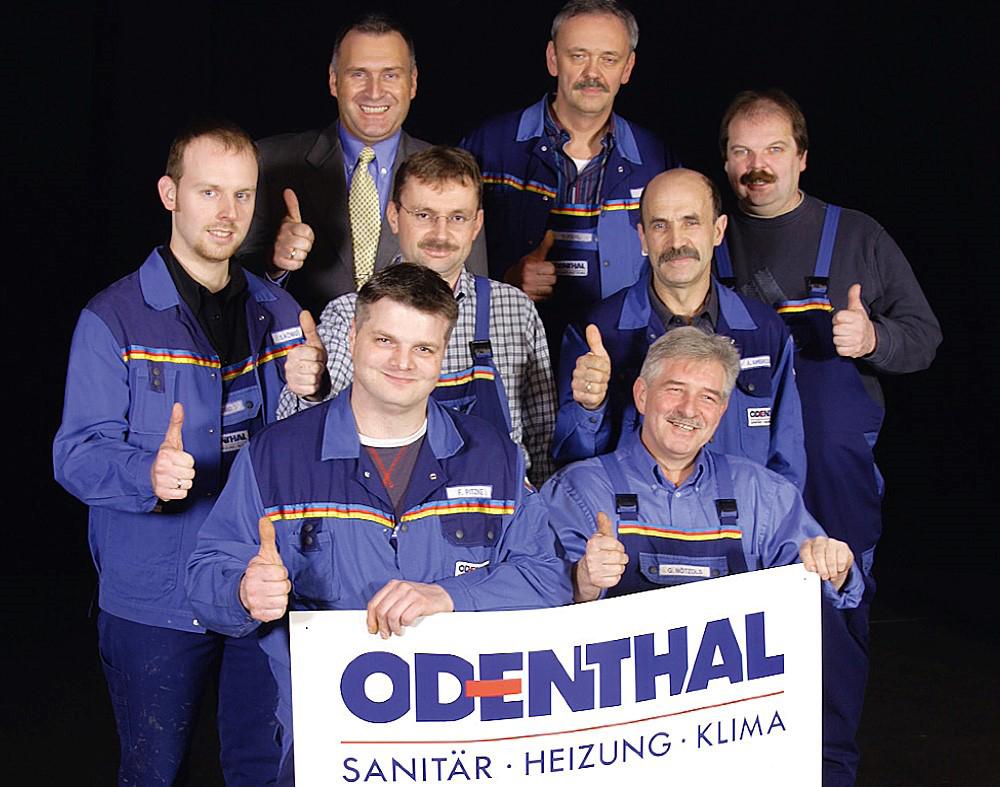 Das Bild zeigt das Team der Odenthal Haustechnik GmbH