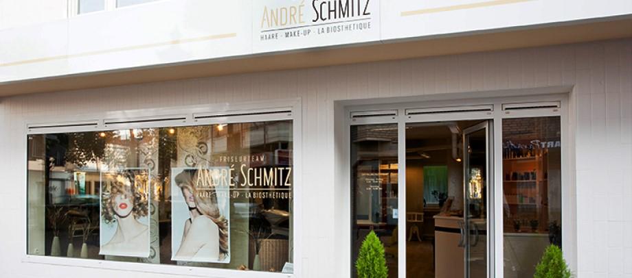 Das Bild zeigt den Friseursalon vom Friseurteam André Schmitz von außen
