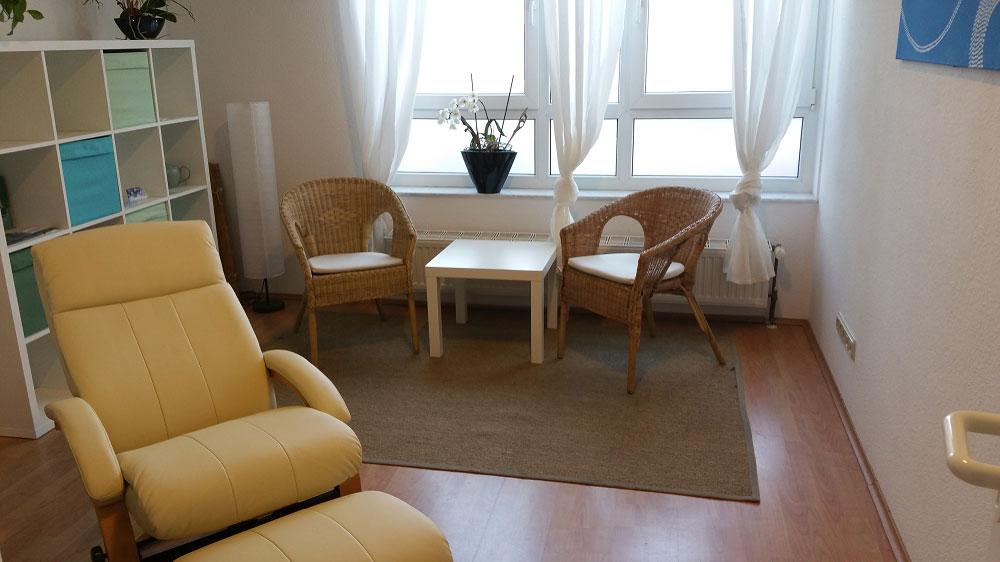 Das Bild zeigt die Innenräume der Praxis von Sandra Wollersheim