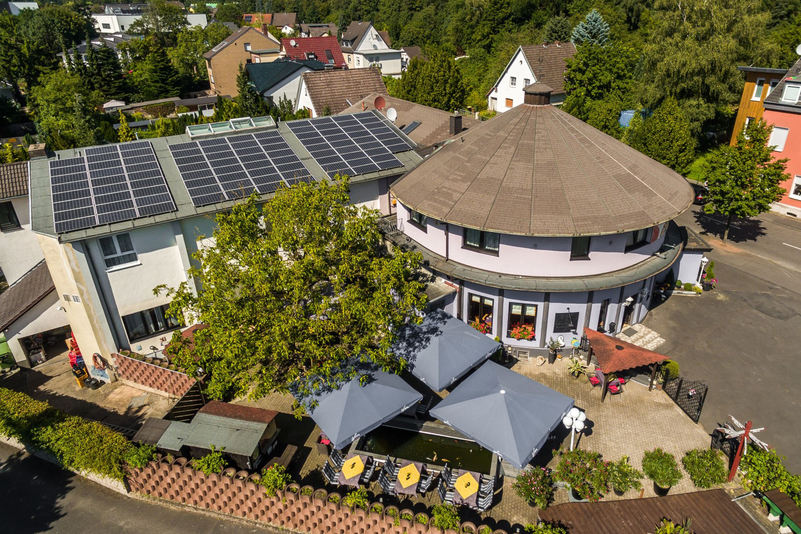 Das Bild zeigt das Das Bild zeigt das Hotel Restaurant Kasserolle aus der Vogelperspektive