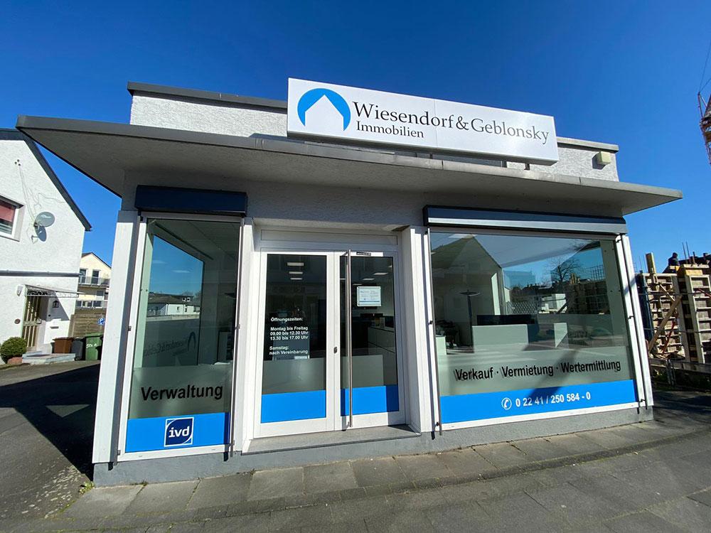 Das Bild zeigt die Geschäftsstelle von Wiesendorf & Geblonsky Immobilien GbR