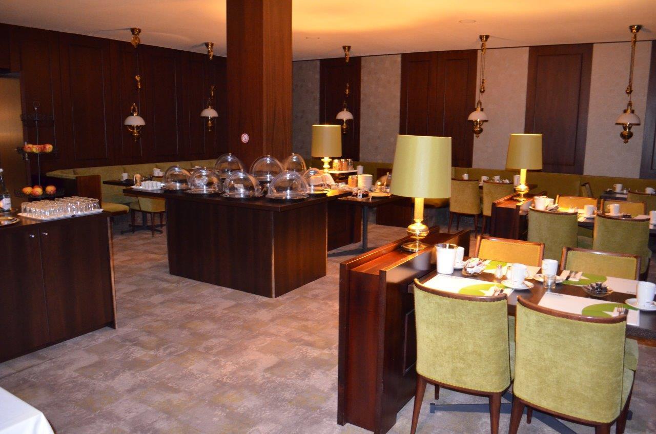 Das Bild zeigt das Hotelrestaurant vom Hotel KASPAR garni