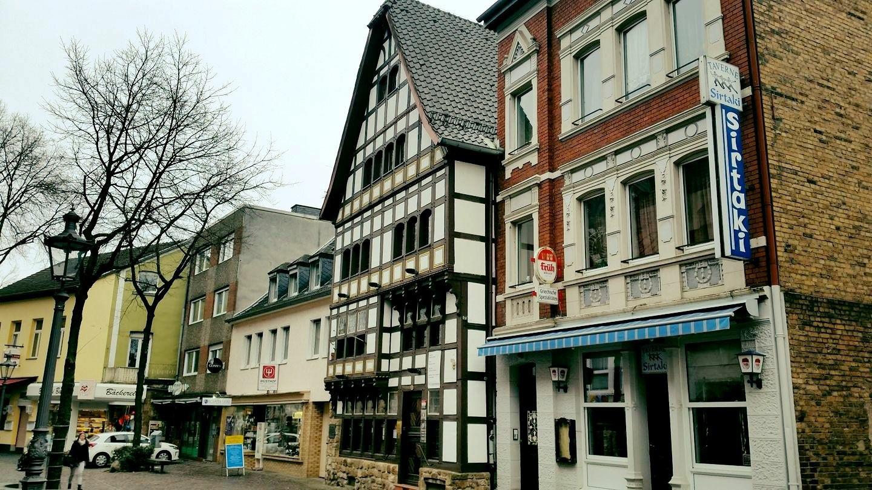 Das Bild zeigt Impressionen der Taverne Sirtaki in Siegburg