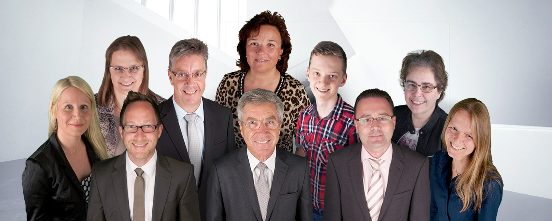 Das Bild zeigt das Team von Reuber & Partner mbB