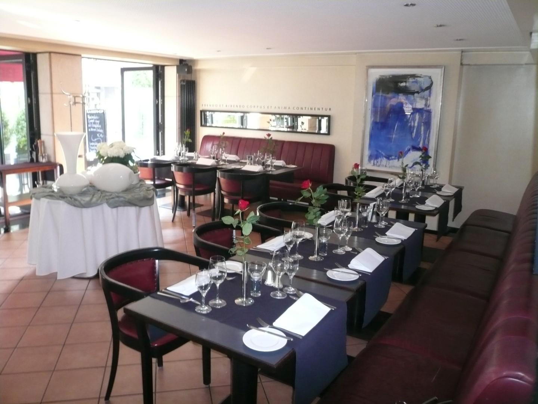 Das Bild zeigt Speiseraum des Hotels Kaiserhof