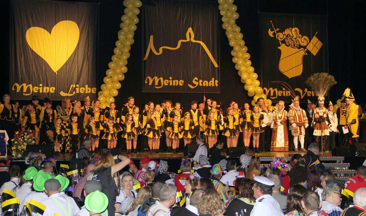 Auf den Bild ist eine Sitzung der KG Siegburger Ehrengarde e.V. zu sehen