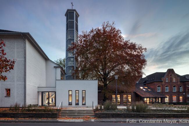 Das Bild zeigt den Buchladen der Evangelischen Kirchengemeinde Siegburg