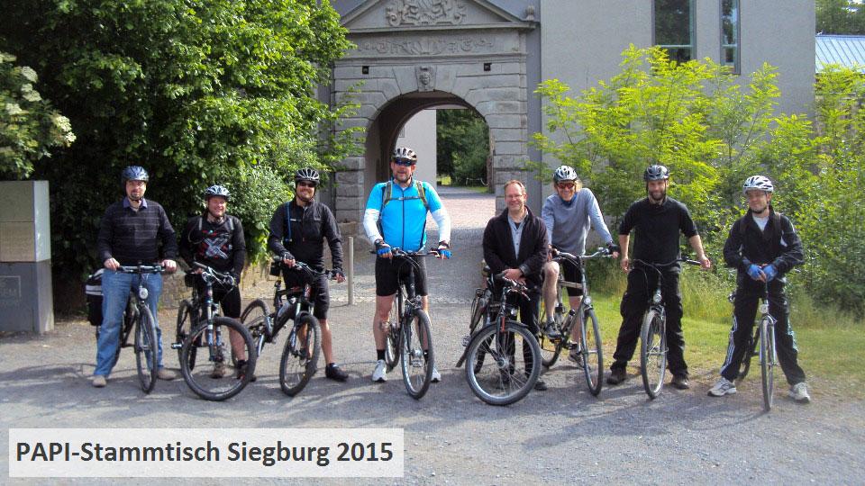 Das Bild zeigt eine Radtour des Gruppenbild vom PAPI-Stammtisch Siegburg