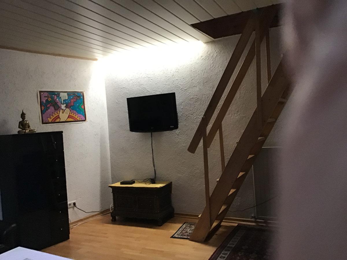 Auf den Bild ist die Innenausstattung der Ferienwohnung Spicale zu erkennen