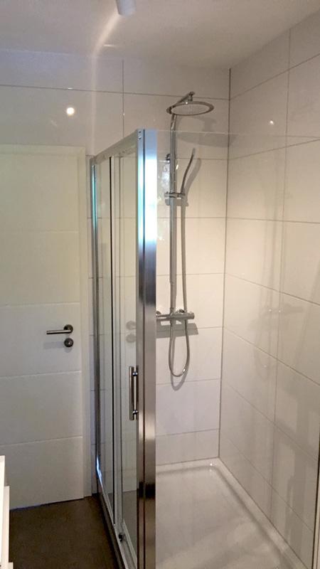 Auf dem Bild die die Dusche der Ferienwohnung Fecke zu sehen