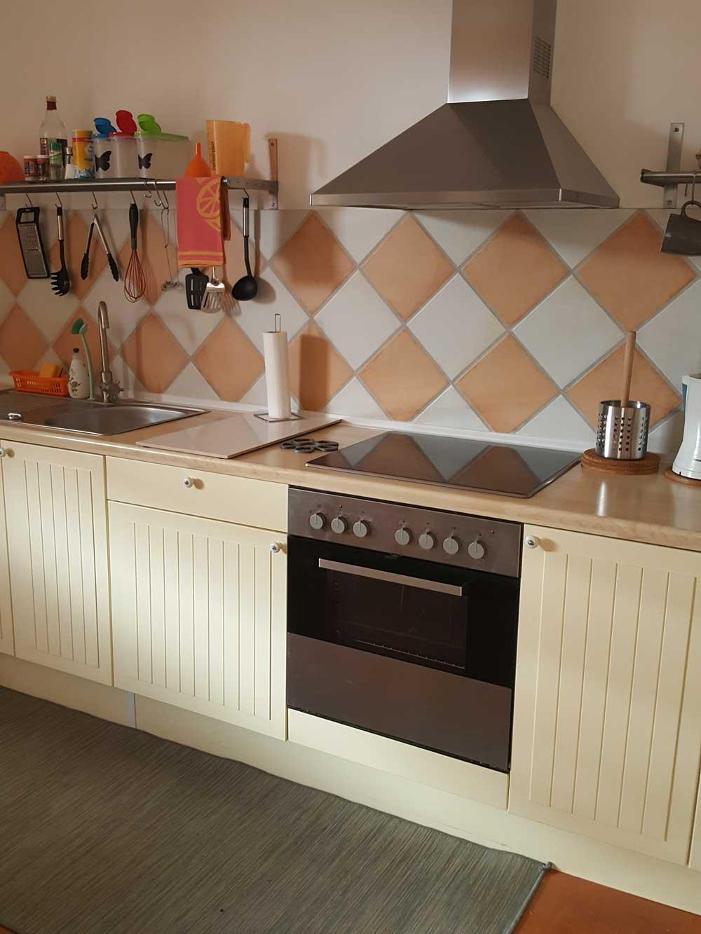 Das Bild zeigt die Küche der Ferienwohnung Apartment Leonardo