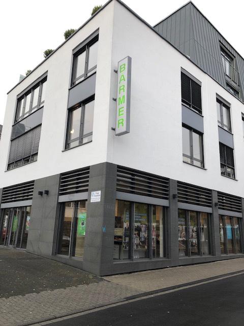 Das Bild zeigt das Geschäftsgebäude der BARMER in Siegburg