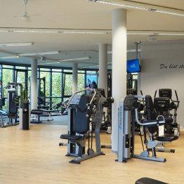Auf dem Bild ist der Trainingsbereich vom FAMILY Fitness Club in Siegburg zu sehen