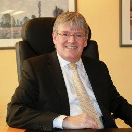 Das Bild zeigt den Notar Dr. Christian Sickinger