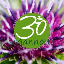 Das Bild zeigt das Logo von Yogannette Studio