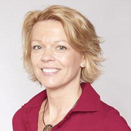 Das Bild zeigt die Heilpraktikerin Martina Voigt