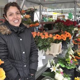 Auf dem Bild sieht man den Blumenstand von Sedar Ötztürk