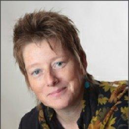 Das Bild zeigt die Heilpraktikerin Antje Zingelmann