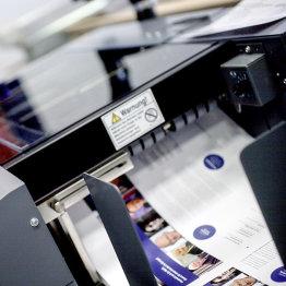 Das Bild zeigt die Druckmaschinen von bonnprint.com GmbH