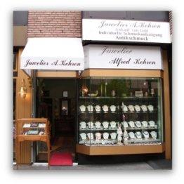Das Bild zeigt den Eingangsbereich vom Juwelier Alfred Kehren