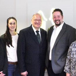 Das Bild zeigt das Team der Provinzial Geschäftsstelle Karl-Heinz Grun