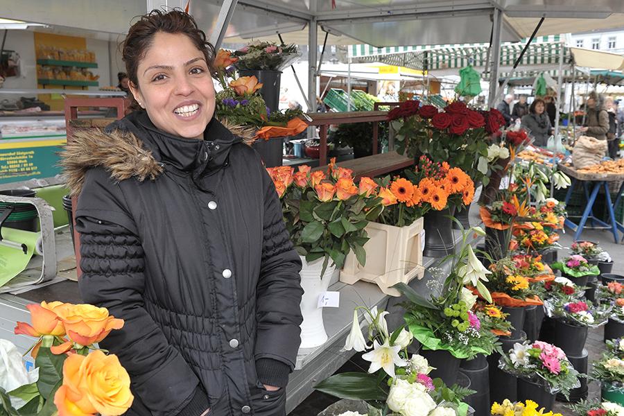 Auf dem Bild sieht man den Blumenstand von Sedar Öztürk